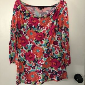 3/4 length floral shirt